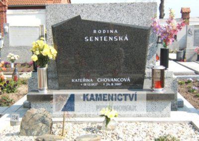 pomník10